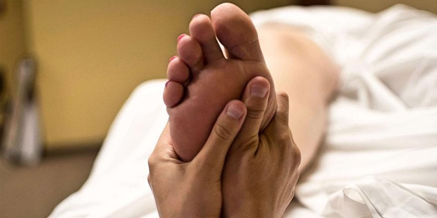 benefits of a foot massage